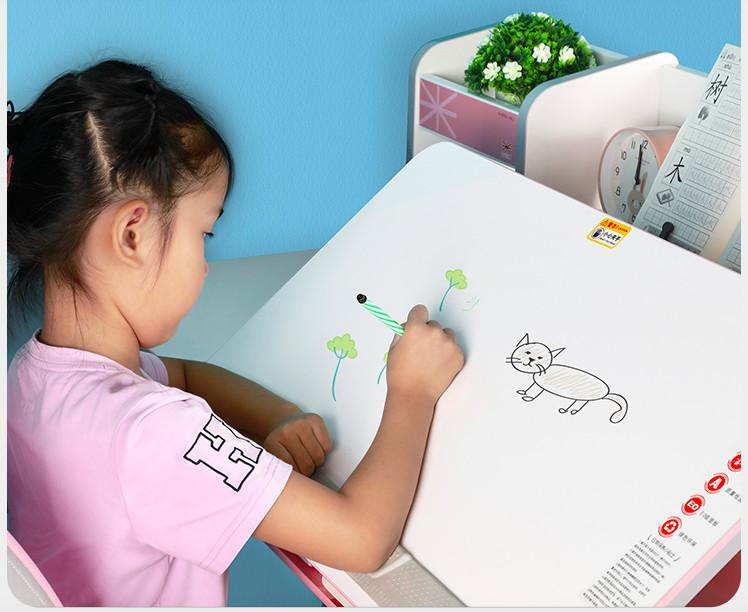Giá bàn học cho bé 5 tuổi trên thị trường ra sao?